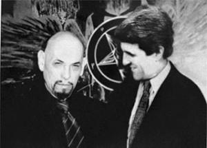 kerry_lavey  John Kerry et L'Église de Satan.  Vérité ou Truquage? kerry lavey 300x215