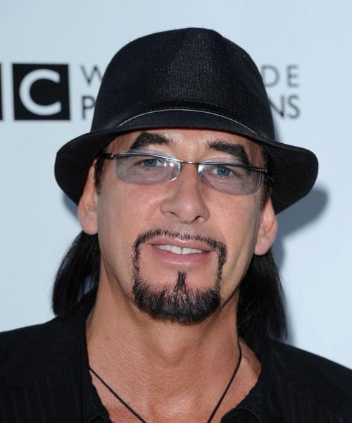 """185163_500x900x500  Ralph Rieckermann Ex-Bassiste du Groupe Rock Allemand Scorpions dit qu'il a Déjà Assisté à un """"Snuff Party"""" 185163 500x900x500"""