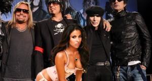 Tommy Lee & Nikki Sixx et leur Concours de Blowjob au Fromage Motley Crue Unwashed Blowjo 300x160