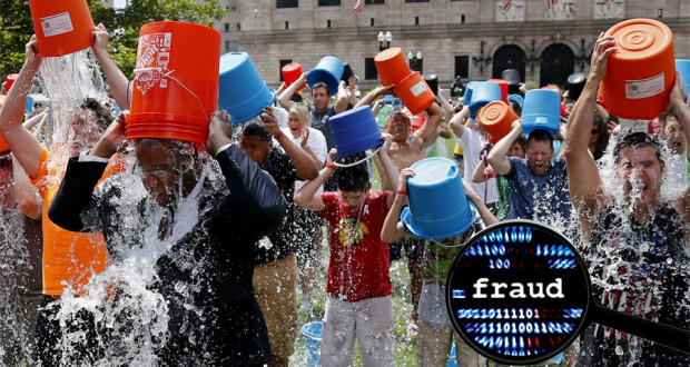 Le Ice Bucket Challenge: Une Autre Estie de Belle Crosse! ice bucket lunacy 620x330